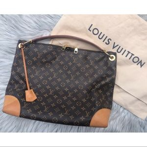 Louis Vuitton Berri MM Authentic Shoulder Hobo